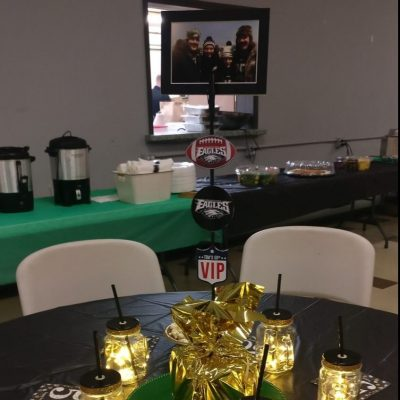 Eagles and 50th Table Decor